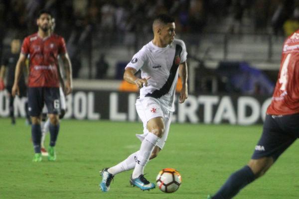 Vasco aposta na juventude e habilidade de Paulinho