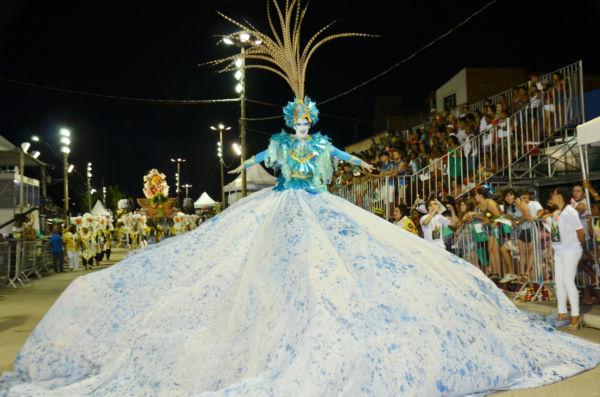 Em Três Rios: Festa terá desfile da escola de samba Bom das Bocas, que foi a campeã do carnaval da cidade