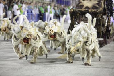 Beija-Flor fez desfile para entrar na história do Carnaval carioca