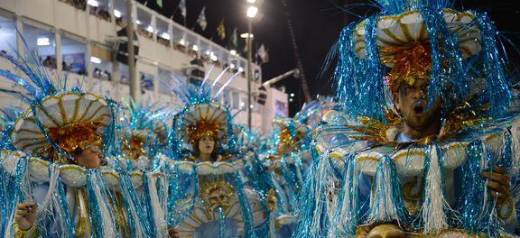 Rio de Janeiro - Desfile da escola de samba São Clemente, pelo grupo especial, no Sambódromo. (Foto: Fernando Frazão/Agência Brasil)