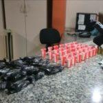 Siderlândia: No bairro foram apreendidos 54 pinos contendo cocaína, 11 munições calibre 9mm, um carregador, R$ 80 em dinheiro e dois celulares (Foto: Cedida pela PM)