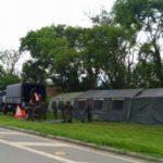 Barreiras estão montadas em estradas da região; uma delas é a Dutra (foto: Facebook - Acorda Itatiaia)