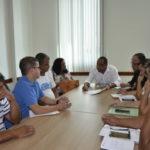 Explica: Prefeito fala com representantes do funcionalismo sobre reajuste salarial (Foto : Dorinha Lopes – PMPR)