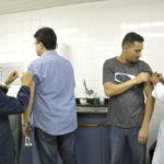 Vacina contra febre amarela acontece em posto da CSN (crédito Divulgação)