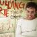 Léo Lins apresenta 'Bullying Arte' no Teatro Municipal de Angra dos Reis