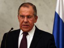 """O ministro da Rússia diz que expulsão de diplomatas se deve à """"pressão e à chantagem colossal""""  dos EUA. (crédito AB)"""
