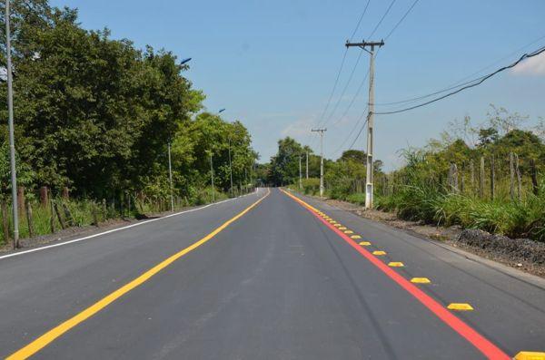Novo: Recapeamento e a sinalização horizontal do trecho entre Vila Marina e Santo Antônio da Estrada Bulhões-Resende - Divulgação