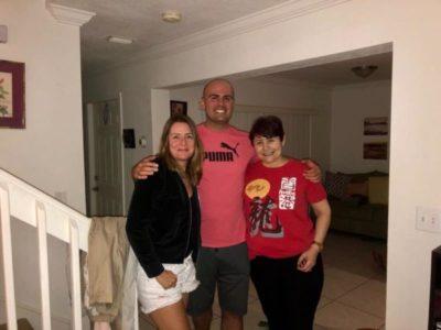 Denise Pistarino visitando os amigos Carla Chuquer e Lucas Pereira, em Miami
