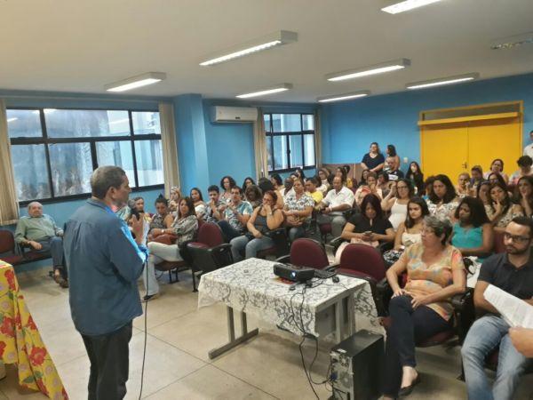 Vagas: 90 novas vagas foram abertas para candidatos aprovados em concurso público na área da educação - Divulgação