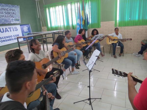 'Música Para Todos': Projeto já se apresentou em diversas ocasiões (Fotos: Divulgação)