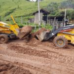 Recuperação: Máquinas da Prefeitura de Quatis trabalham em estradas de Falcão