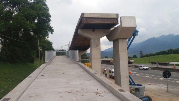 Operação acontece nesta quinta-feira (22), no km 311,3 da via Dutra - Divulgação CCR NovaDutra