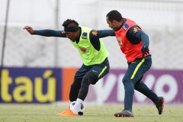 Paulinho está em grande momento na carreira e pode ser um dos destaques do Brasil