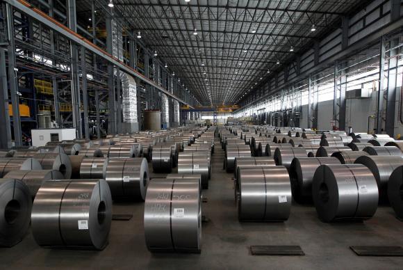 Brasil pode se ver em meio a disputa com EUA pelo mercado de aço