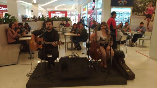 No repertório o público vai poder conferir grandes sucessos da música brasileira