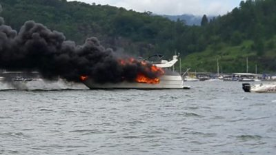 Marinha emite nota sobre fogo em lancha (crédito divulgação)