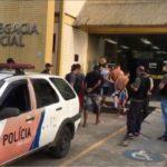 Quatro homens e um adolescente são presos acusados de Homicídio (crédito PC)