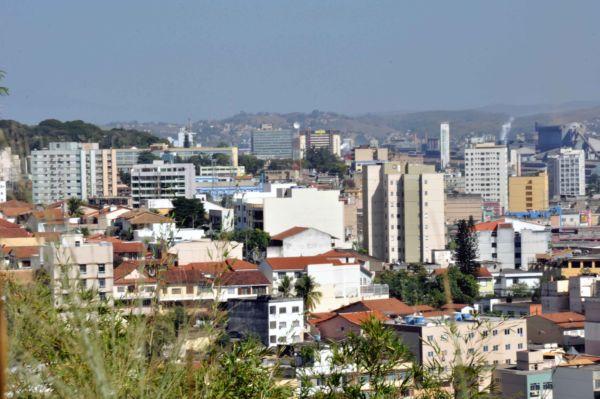 Em risco: Cerca de 15 mil processos podem gerar penhora de imóveis em Volta Redonda