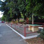 Trabalhando: Prefeitura faz manutenção em área pública no Nove de Abril