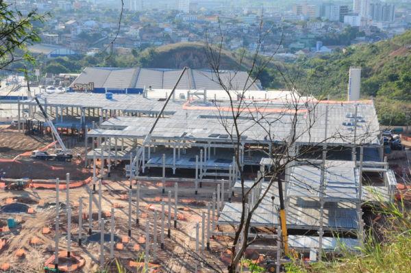 Virada: Setor de construção passa a admitir mais do que demitir em Volta Redonda