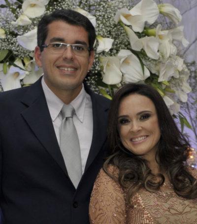 Os empresários Eduardo Barbosa e Vanessa Barbosa (aniversariante do dia) (Foto: Divulgação)