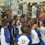 Visitas: Biblioteca receberá durante todo o mês a visita de alunos da rede municipal de ensino para atividades acerca da data celebrada (Foto: Divulgação)
