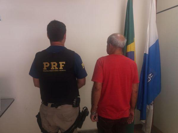 Prisão: Homem foi encaminhado para a 99ª DP, em Itatiaia. (Foto: PRF.)