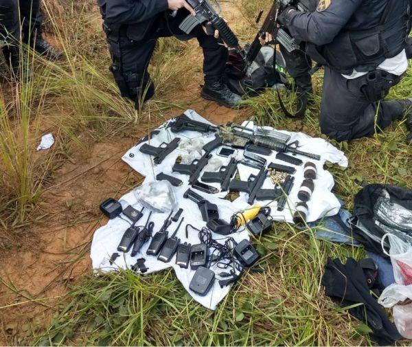 Polícia apreende armas na troca de tiros em Volta Redonda (Cedia pela PM)