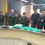 Jovem é preso com grande quantidade de cocaína. (crédito PC)