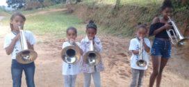 Fanfarra vai para comunidade quilombola em Quatis