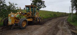 Serviços em estradas rurais são paralisados