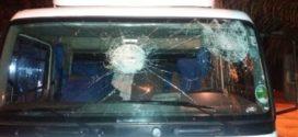 Caminhoneiros fazem atos nas estradas da região e um motorista fica ferido