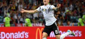 Com gol no fim, Alemanha vira sobre Suécia e segue com chance