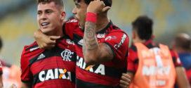 Flamengo bate o Botafogo e mantém liderança