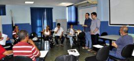 Banco VR de Fomentos discute economia solidária com grupo da prefeitura de Maricá