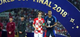 Modric é escolhido o melhor jogador e Mbappé a revelação