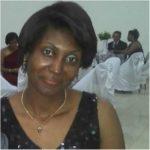 Verônica Lucia da Silva Mattos, de 39 anos, faz uma verdadeira via crucis para achar a mãe