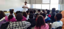 AfroSaberes debate bullying e preconceito em sala de aula