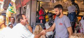 Eduardo Paes visita Angra e promete implantar  Centro de Operações Especiais, se for eleito