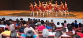 Estudantes de Volta Redonda participam de espetáculo de ballet no Laranjal