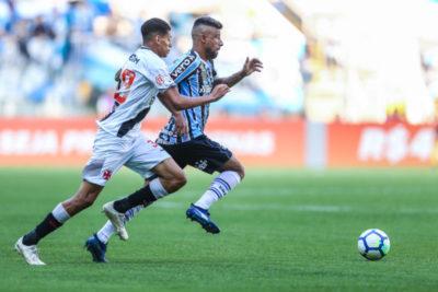 cb3de4e665 Martín Silva falha no fim e Grêmio vence o Vasco na Arena - Diário ...