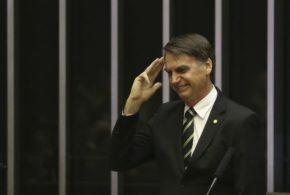 Bolsonaro reafirma no Congresso compromisso com a Constituição