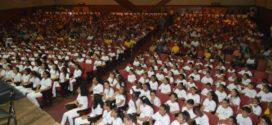Volta Redonda tem concerto natalinono Nove de Abril