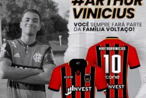 Voltaço faz camisa em homenagem a Arthur Vinícius para Taça Rio