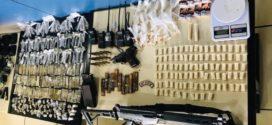 Dois morrem em troca de tiros no Morro da Glória e drogas são apreendidas