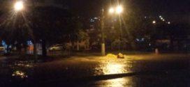 Chuva forte causa pontos de alagamento no Conforto