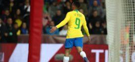 Brasil derrota a República Tcheca