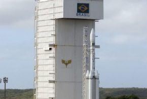 A triste novela do programa espacial brasileiro