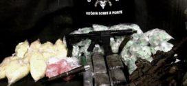 Bope apreende fuzil, granadas e drogas em Angra dos Reis