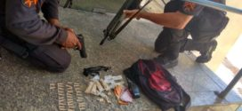Polícia Militar prende um e apreende menor e droga em Volta Redonda